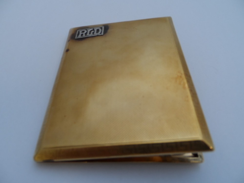 9ct Gold Cigarette Case £1160