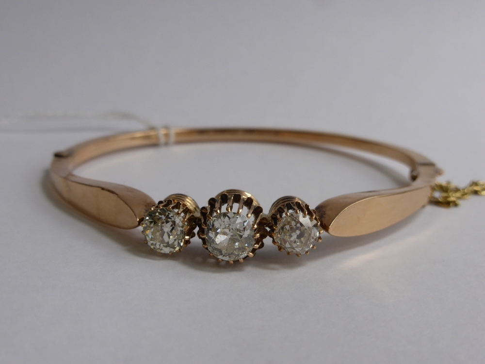 9ct Gold & Diamond Bracelet £1200