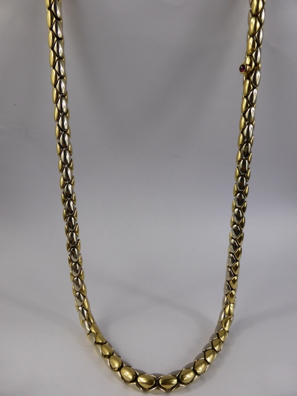 An 18ct Gold Snake Link Necklet £1900.jpg