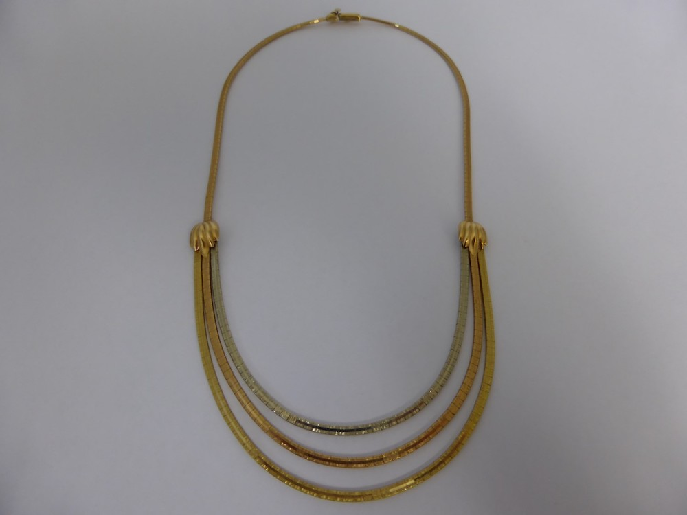 Gold necklace £460