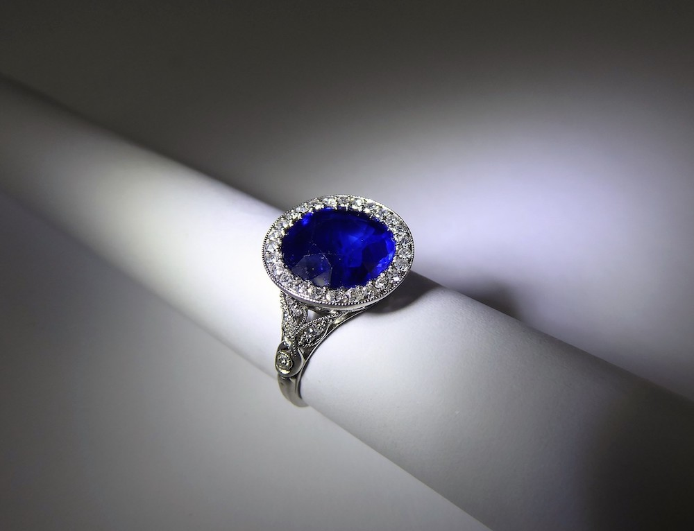 5 ct Royal Blue Burmese Sapphire & Diamond Ring £9800