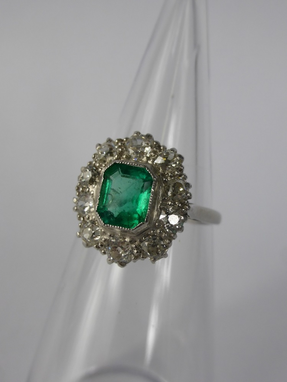 Diamond & Emerald Ring £1100