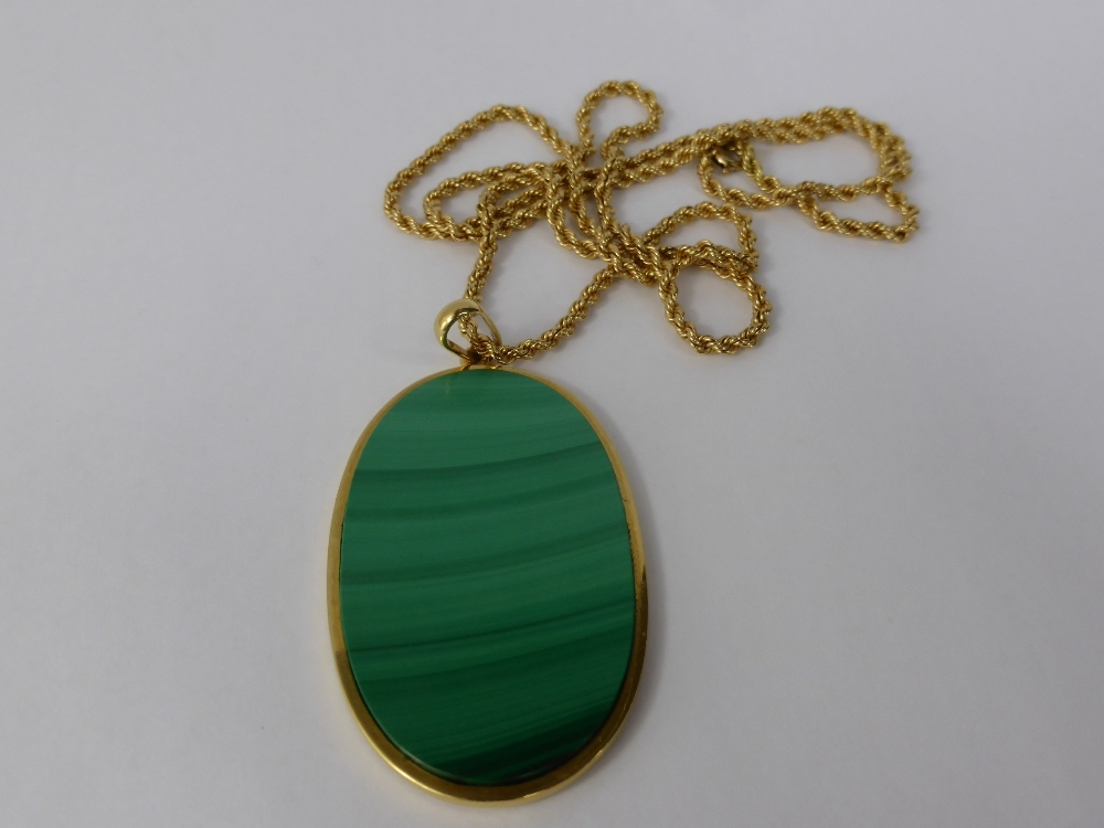 18ct Gold & Malachite Pendant £320