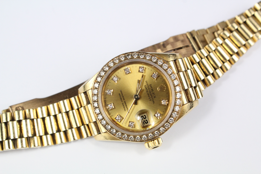 Lady's 18ct Gold and Diamond Rolex Watch £3000