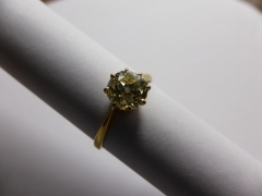 A Lady's Gold Solitaire Diamond Ring £400