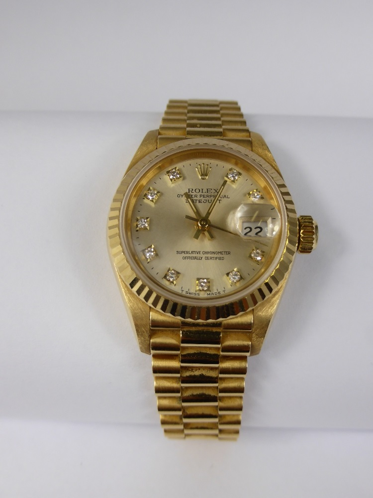 Lady's 18ct Gold Rolex Oyster £3400